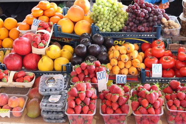 Эксперты Роспотребнадзора выявили недостаток витаминов во фруктах