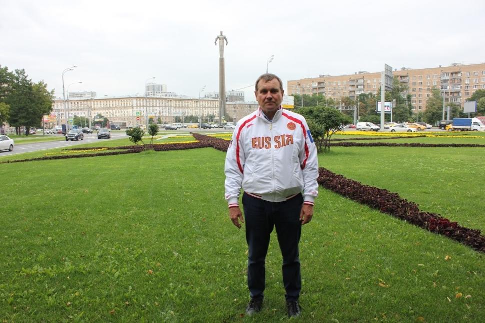 На финале общегородского конкурса «Супердедушка Москвы 2019» выступит представитель Юго-Западного округа