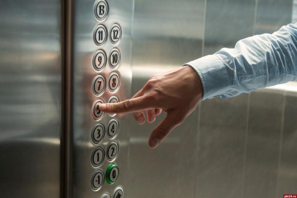 Восстановлена работа лифта на Коктебельской улице