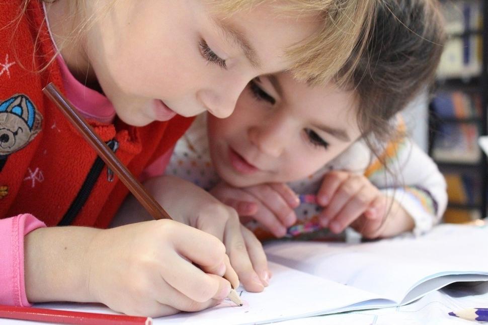 В работе школ и детских садов будут действовать основные рекомендации Роспотребнадзора