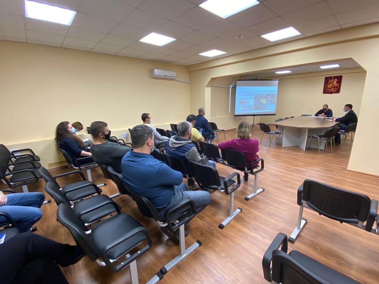 Глава управы Регина Захарова встретилась с представителями Советов домов ЖК «Гринада»